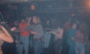 nicks-crowd5