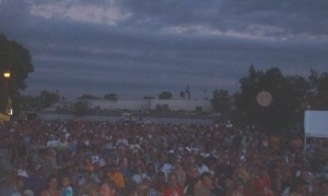 oshkosh-crowd5